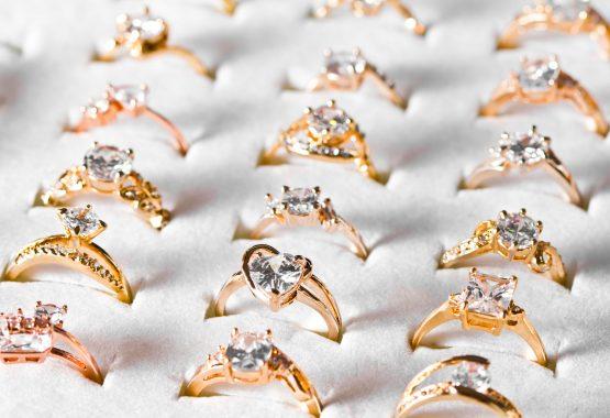 anelli in oro con diamante compro oro avellino